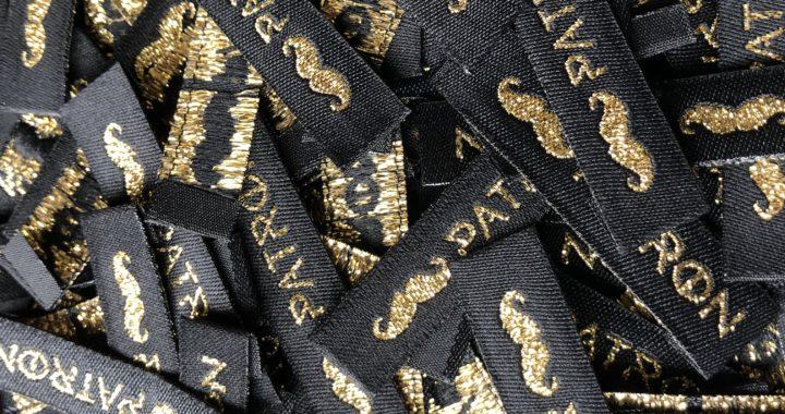 本格的なオリジナル刺繍タグ(織ネーム)制作例③